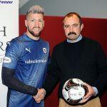 28 Douglas Wishart of ball sponsors Exiles on Pratt stree,